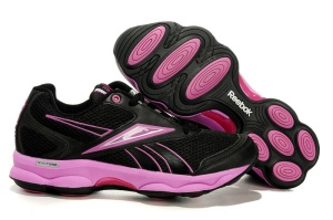 Best Running Shoes For Women With Flat Feet - In the Case of Arch Support, Less May Be More
